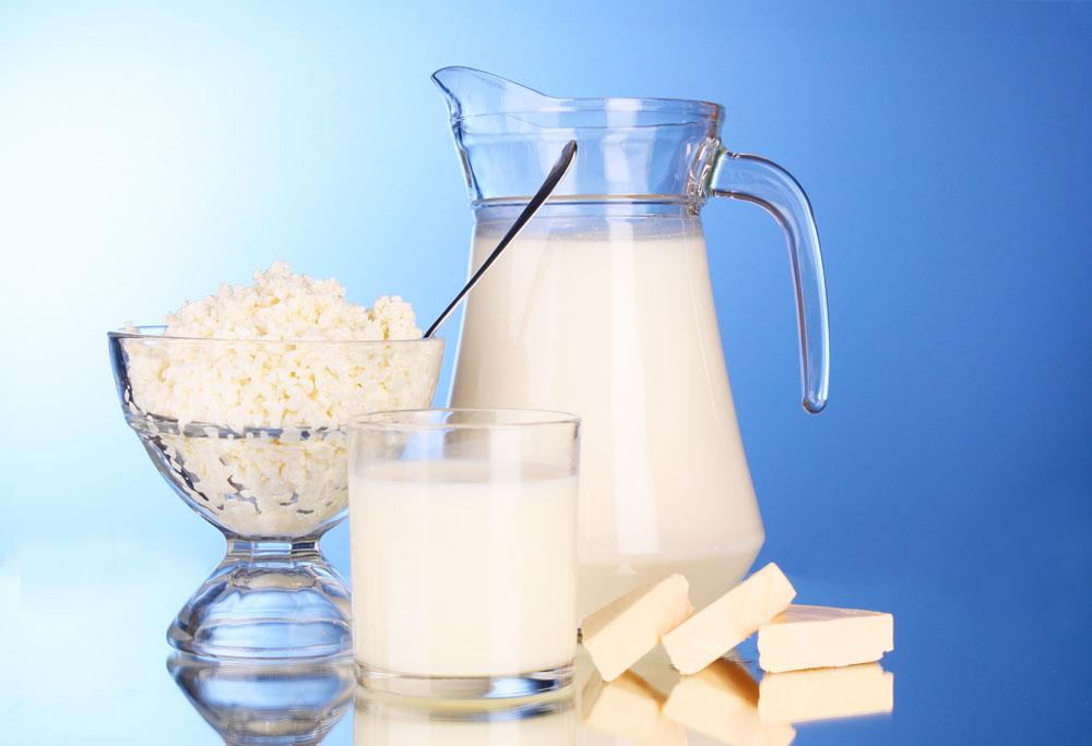 графин молока